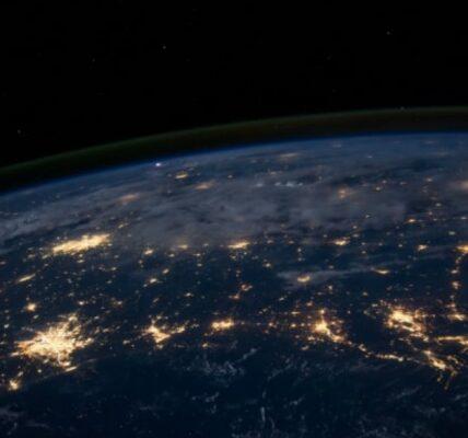 ciekawostki-o-planetach-–-najwieksza-i-najmniejsza-planeta