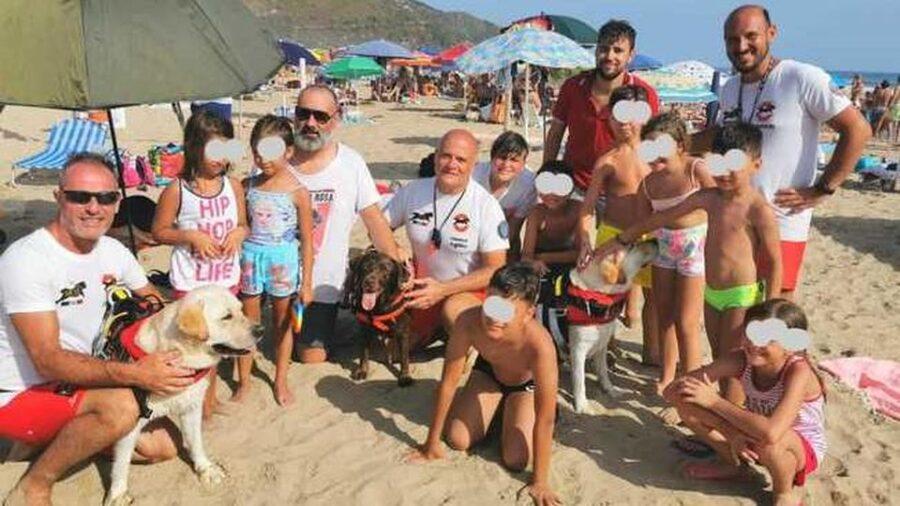 trzy-psy-uratowaly-przed-utonieciem-14-osob