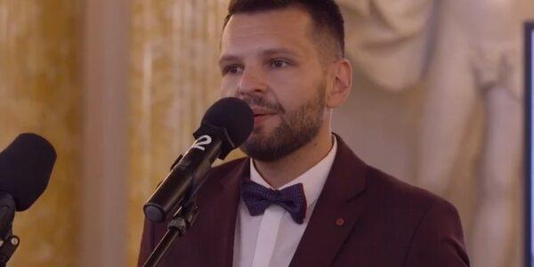dariusz-martynowicz-zostal-nauczycielem-roku-2021