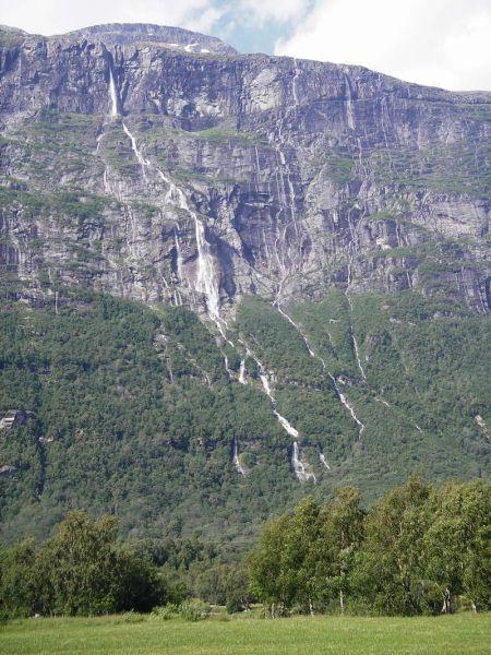 10-najwiekszych-wodospadow-w-europie
