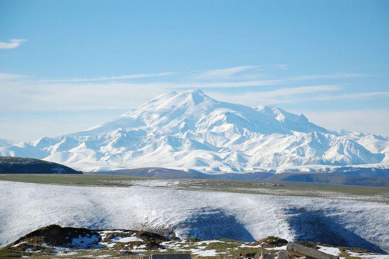 10-najwiekszych-wulkanow-w-europie